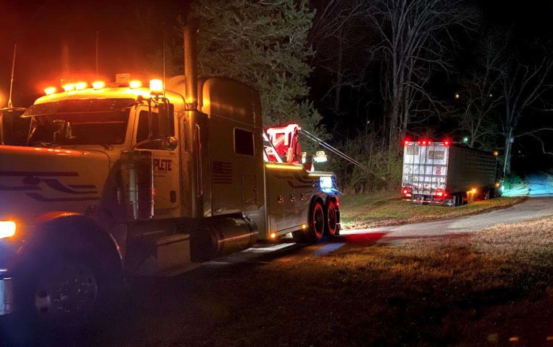 heavy duty tow truck scottsboro AL